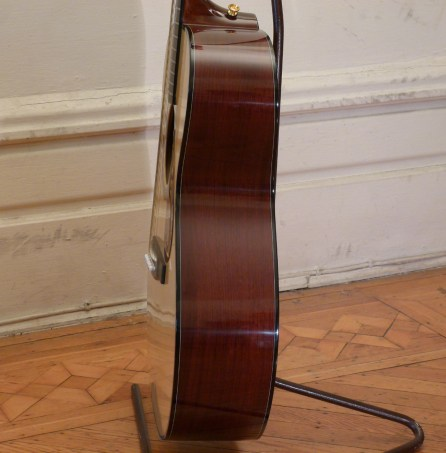 Kathy Wingert Model F Custom - rosewood sides - guitar review at onemanz.com