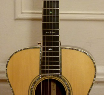 Martin OM-42 Deep Body review at One Man's Guitar onemanz.com high color abalone Style 42 inlay
