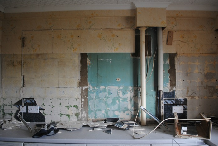 kitchen-demo-unit-wall