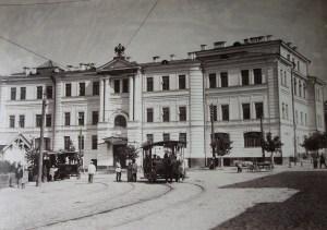 Фасад здания Третьей Киевской гимназии, кон. XIX в.