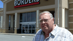 Neil in front of new Borders Book Store in Sandusky