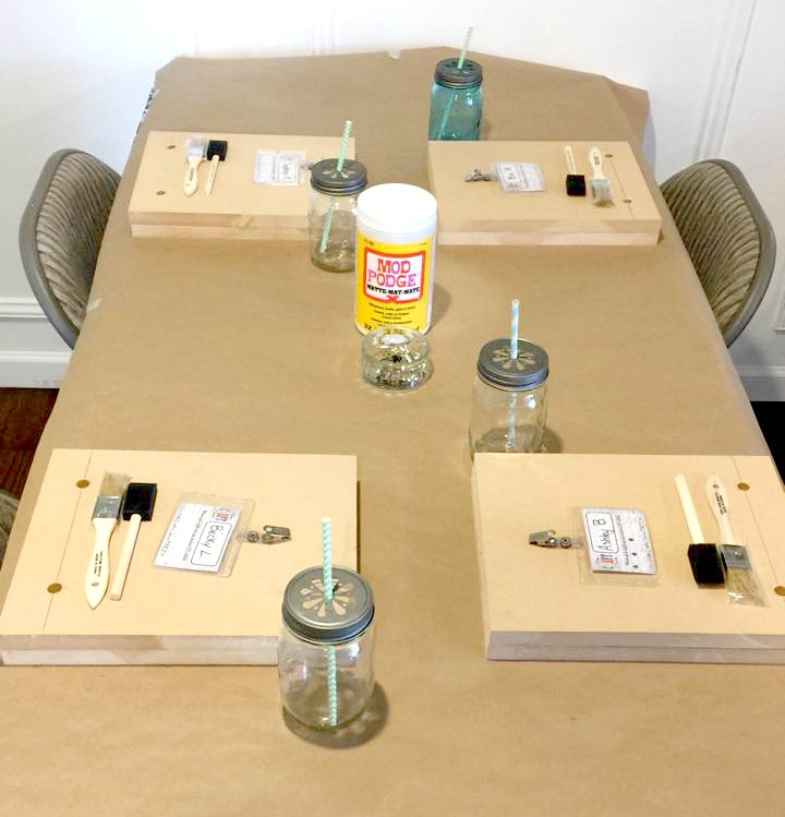 craft club table set up
