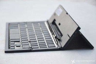 teclado zagg bluetooth lateral