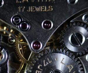 Smartwatch Schweizer Uhrenmacher