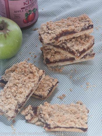 Apple Butter Crumb Bars; easier than #apple pie. Go to OnlyTasteMatters.com for the #recipe. #GlutenFreeBaking #BakeSale