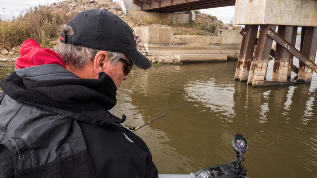 """By """"following the lines"""" instead of trying to get the jigs to """"follow the boat"""", you'll find it much easier to be successful at vertical jigging."""
