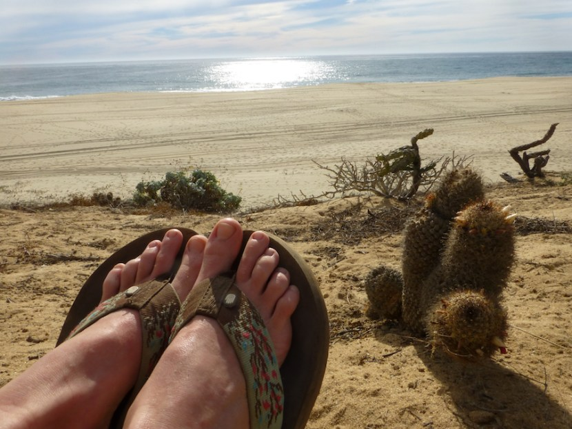 on the horizon line travel and sailling blog - gringo in baja california - feet