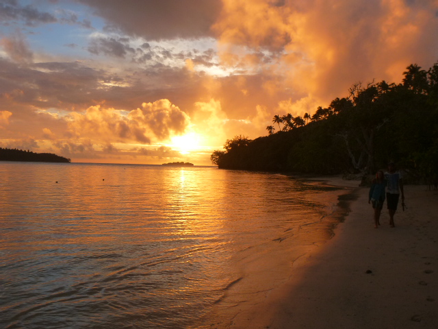 Click here to see sunset picture of a beach in Tonga.