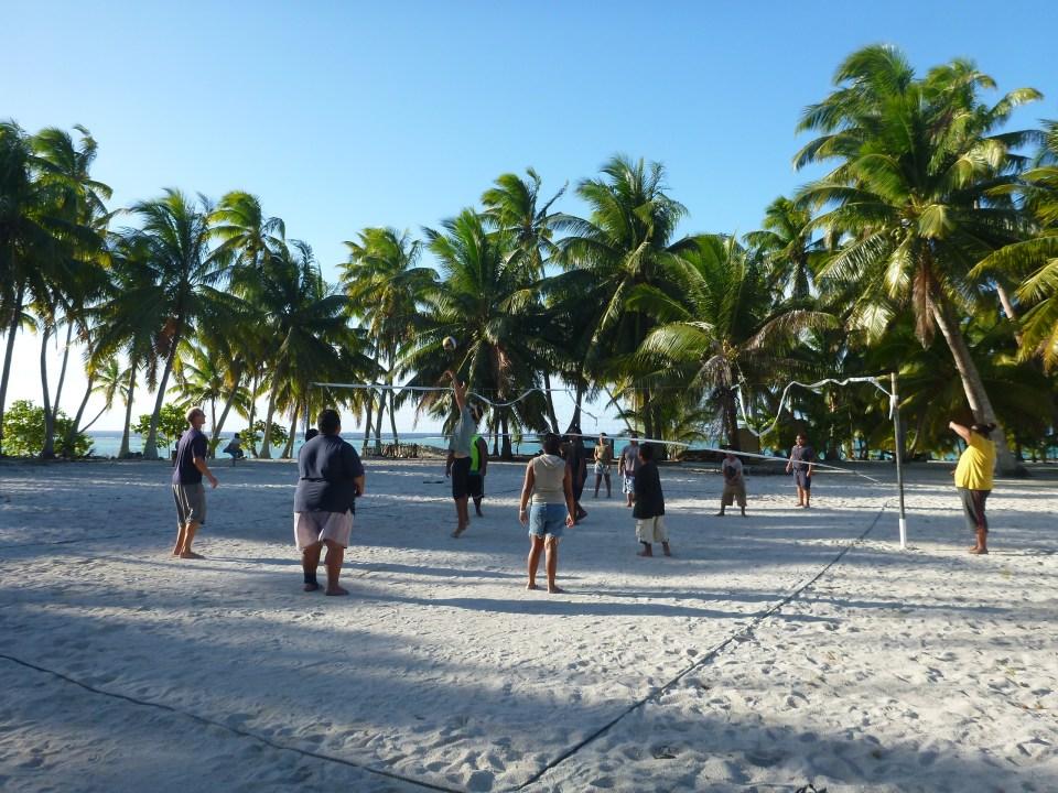rob roberts - volleyball magazine - on the horizon line travel blog
