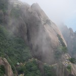 On the road to the sacred mountains - Huang shan-4