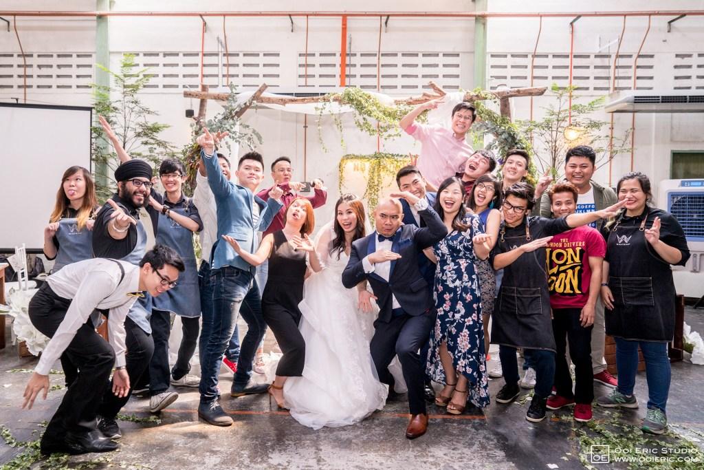 Liang-Pojoo-LiangPojooRingOnIt-Whup-Whup-Restaurant-Cafe-Couple-Portrait-Prewedding-Pre-Wedding-Ceremony-Day-Engagement-Photography-Photographer-Malaysia-Kuala-Lumpur-Ooi-Eric-Studio-39