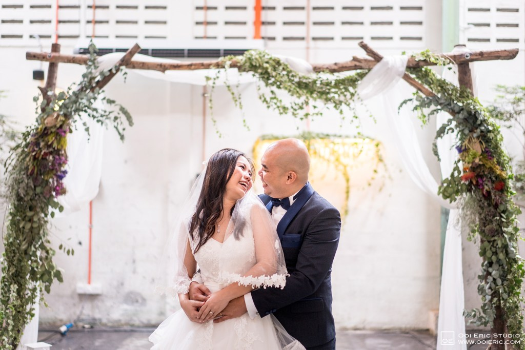 Liang-Pojoo-LiangPojooRingOnIt-Whup-Whup-Restaurant-Cafe-Couple-Portrait-Prewedding-Pre-Wedding-Ceremony-Day-Engagement-Photography-Photographer-Malaysia-Kuala-Lumpur-Ooi-Eric-Studio-43