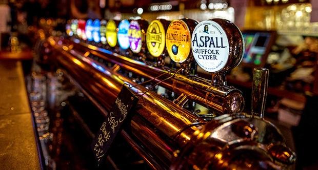 Írske puby sú aj vÍrsku