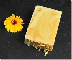 calenduline-savon-naturel-au-calendula-peaux-sensibles-pachamamai