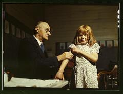 physician pregnant photo