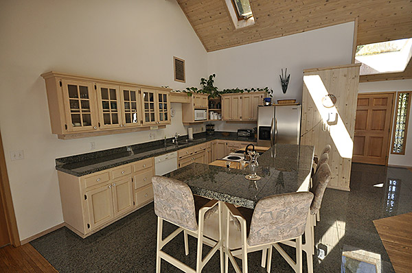 Guest-House-Kitchen-1