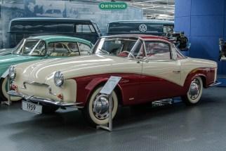 Rometsch Lawrence - Entre 1957 e o final de 1961, cerca de 85 veículos foram fabricados a mão