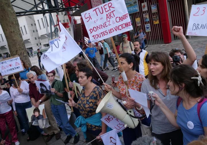 Manifestation concert de Bertrand Cantat pour dénoncer les féminicides