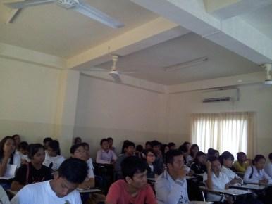 BarcampBattambang-2013-05-25 (19)