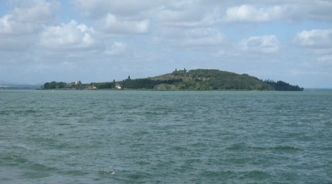 """Il """"colpo di coda"""" di Guasticchi: Isola Polvese in vendita!"""