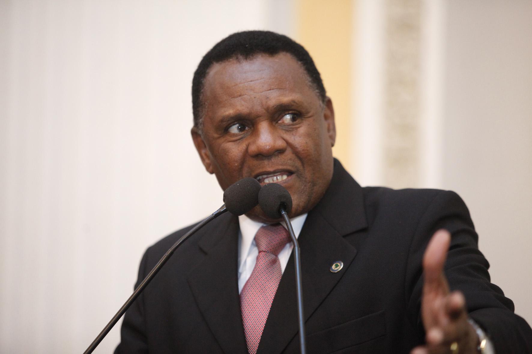 Deputado destaca violência contra mulheres quilombolas