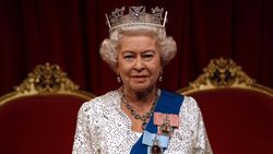 Rainha da Inglaterra reconhece que Jesus é o Rei que ela serve