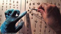 Projeto pretende unir e decifrar fragmentos dos Manuscritos do Mar Morto