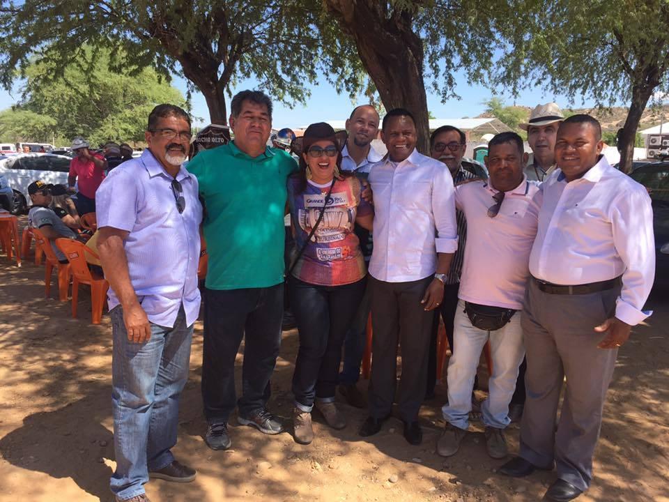 Ossesio prestigia a tradicional Jecana do Capim em Petrolina