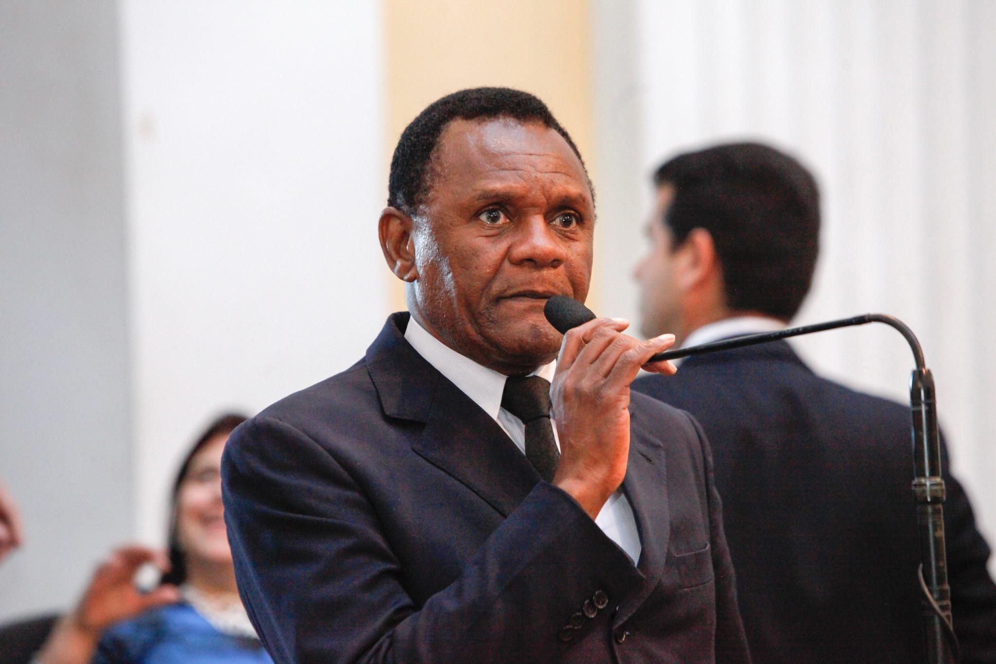Deputado Ossesio  reivindica ampliação do Programa Caminho da Escola em Pernambuco