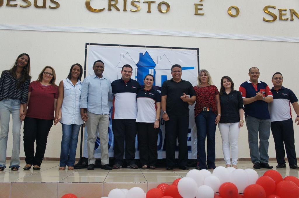 Bispos Ossesio e William  participam de Ação Social para as Mulheres no Recife