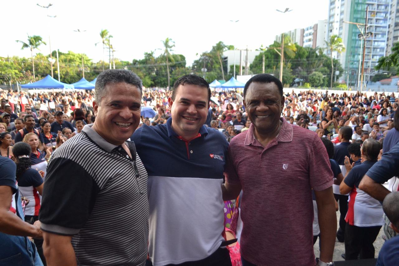 Recife – Bispos prestigiam ação social em Santo Amaro