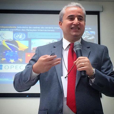 Comissão de Assuntos Internacionais realiza palestra na Alepe
