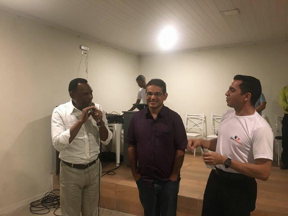 Recife – Deputado Ossesio Silva se reúne com lideranças da Linha do Tiro