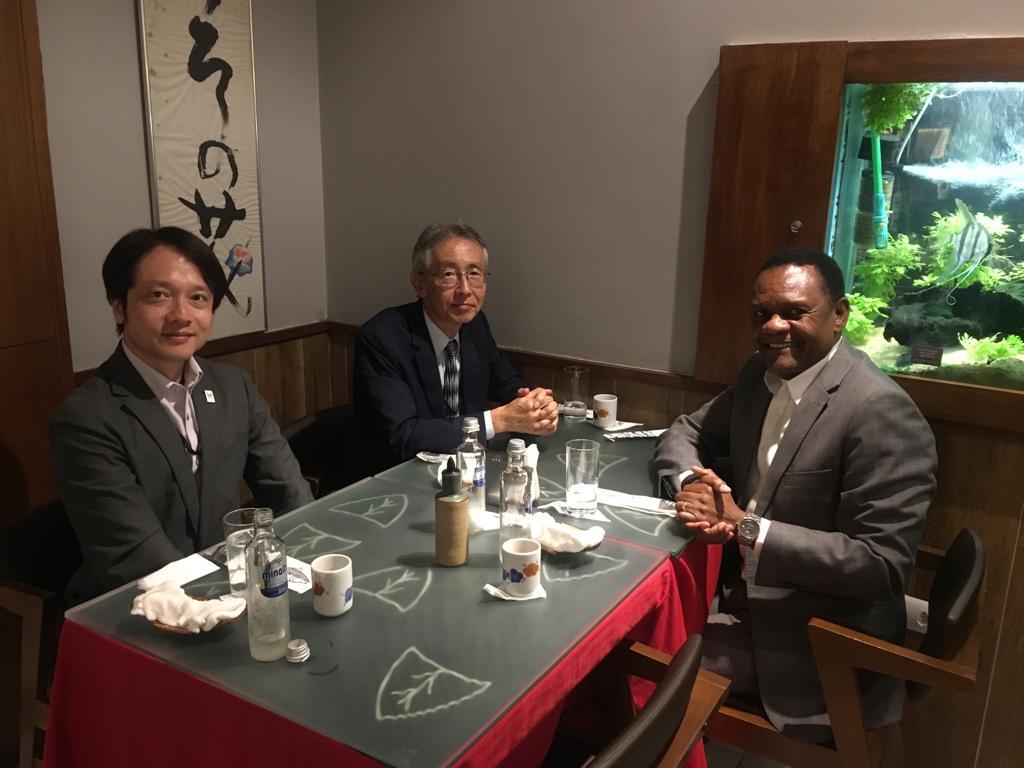 Deputado Ossesio participa de encontro com cônsul do Japão em Recife