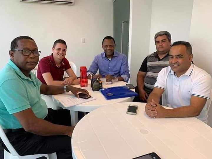 Deputado Ossesio Silva recebe lideranças ligadas ao Conselho Tutelar