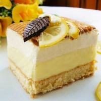 Ciasto cytrynowe z kremem budyniowym i pianką