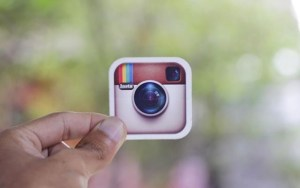 How to Tag People in Videos on instagram