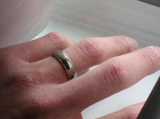 the mans wedding ring man wedding ring wedding ring legitimately