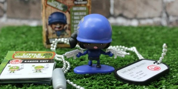 Collect and Imagine with Awesome Little Green Men! #Review #Giveaway #HolidayGiftGuide CAN ~12/29