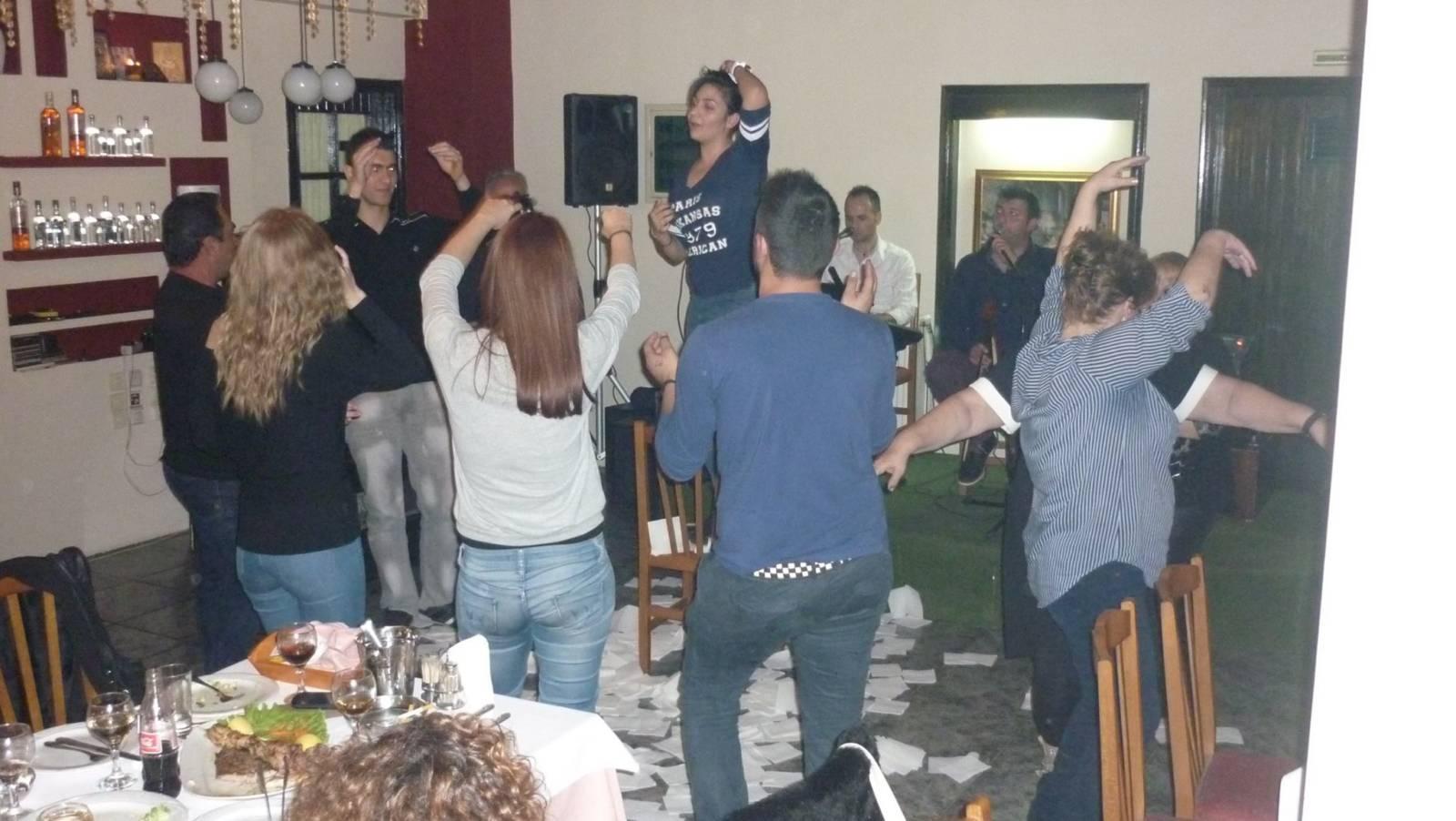 Το νταούλι πήρε «φωτιά», το βράδυ της Παρασκευής 27/11, στην Ταβέρνα Μεζεδοπωλείο «κάπως αλλιώς», στην Πτολεμαΐδα
