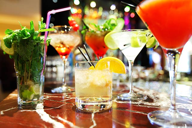 Cocktail party στην Agora στην Κοζάνη, την Τετάρτη 29 Ιουνίου