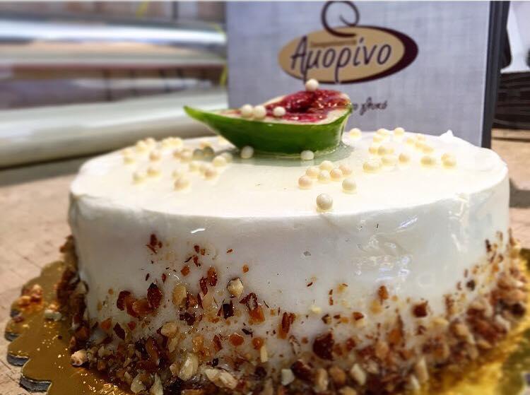 Του Αγίου Δημήτριου, την Τετάρτη 26 Οκτωβρίου, και το Ζαχαροπλαστείο Amorino  στην Κοζάνη σας προτείνει γλυκά κεράσματα!