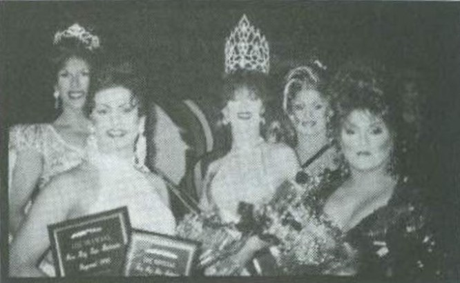 Catia Lee Love (Miss Gay San Antonio America 1994), Raquel DeCastro (2nd Alternate to MGSA 1995), Erica Foxx (Miss Gay San Antonio America 1995), Celeste Martinez (Miss Gay Texas America 1995) and Amanda Hall (1st Alternate to MGSA 1995) at the Paper Moon in San Antonio, Texas.