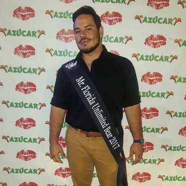 Ricky Ayala