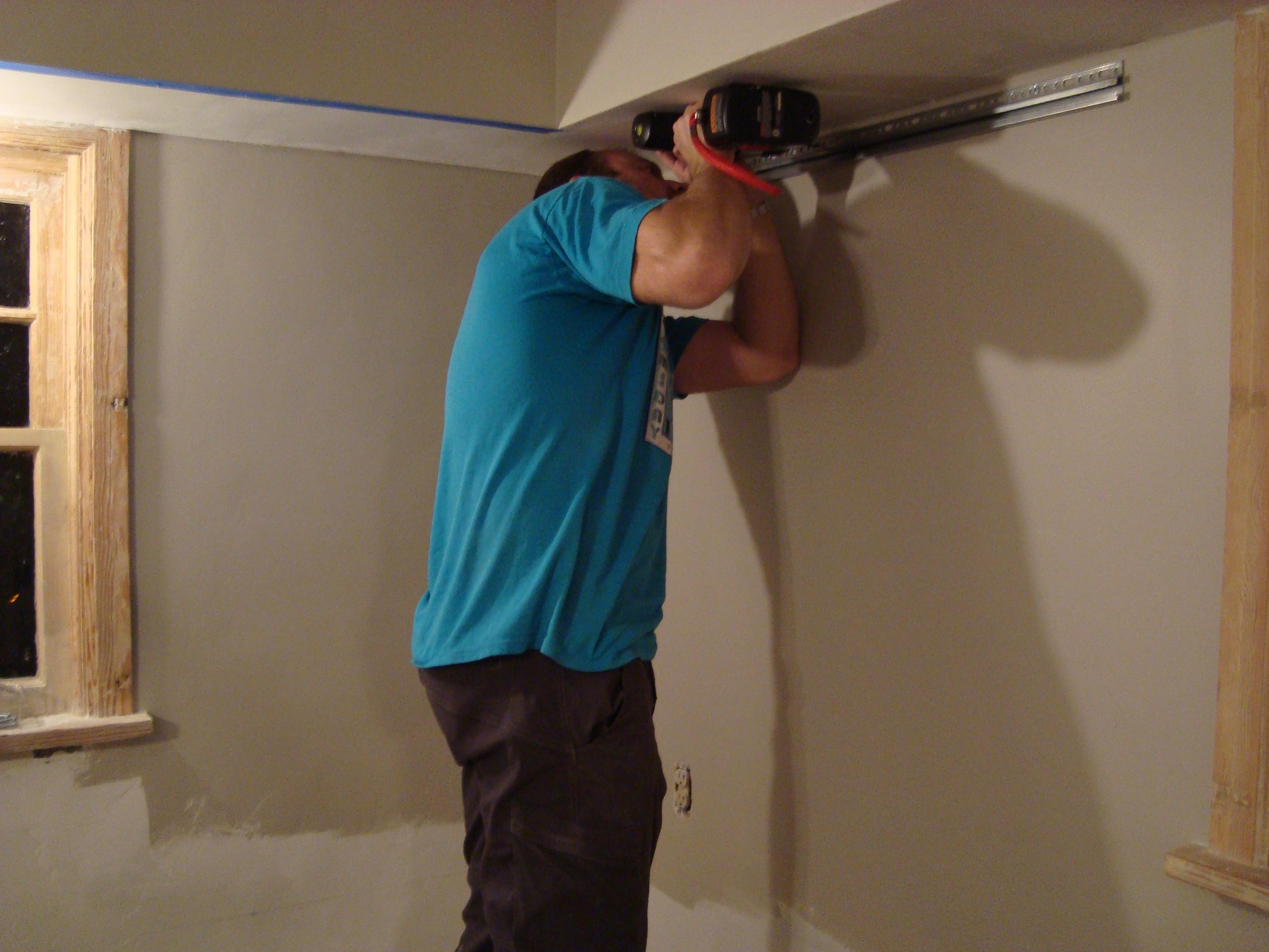 an och 10 step program installing kitchen cabinets hanging kitchen cabinets Step