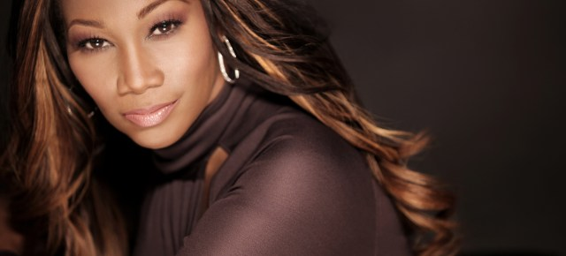 Gospel Sunday: Yolanda Adams Live- This To Shall Pass