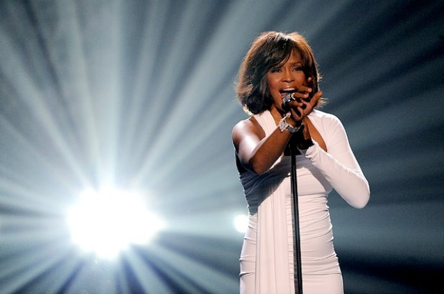 2630439-amas-40th-anniversary-whitney-houston-2009-617-409