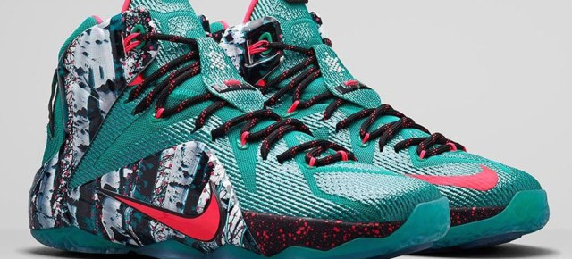 12/21/14 O&A With WaleStylez: Nike Christmas Pack