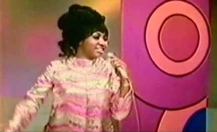 7/2/15 O&A Throwback Thursday: Aretha Franklin- Chain Of Fools Live (1968)