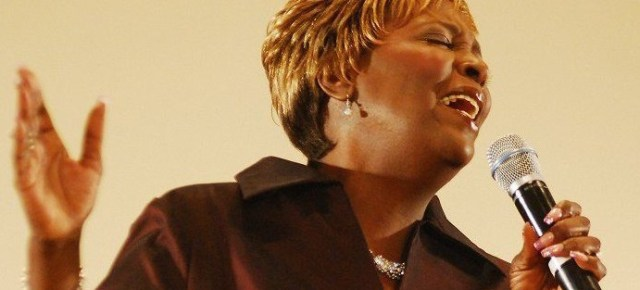10/9/16 O&A NYC GOSPEL SUNDAY: Tramaine Hawkins- Changed (Featuring All Star Encore Perfromance)
